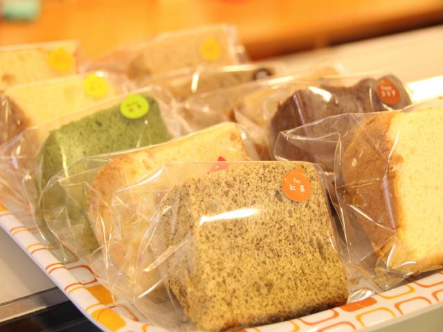 テレビでも紹介されたシフォンケーキは常時10種類!